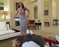 Harden wifey Romi Rain'_s big nipples with ice! Naughty America