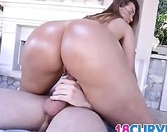 Gold booty standard on sexy Klara Gold