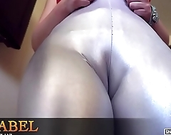 Extra voluptuous young girl showing cameltoe