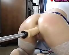 webcam girl with double dildo fucking machine