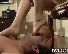 Gal sucks her own toes