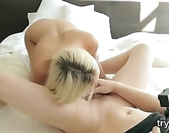 Fervid nympho sucks penis concerning pov and gets spread kitty plowed