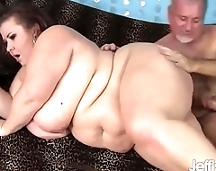 Mature BBW Woman Lynn takes on a fat cock