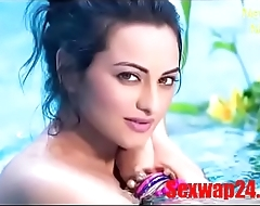 sonakshi sinha bath Viral video (sexwap24.com)