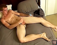Blond twonk Scottie jerks off his bushy boner to a cumshot
