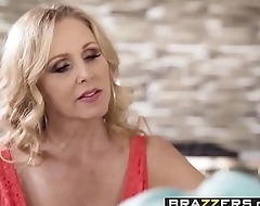 Brazzers - Mommy Got Boobs - (Julia Ann, Jessy Jones) - Trailer preview