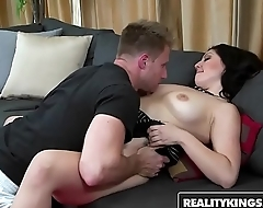 RealityKings - Milf Hunter - (Levi Cash, Stacy Savage) - Stacy Missed
