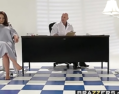Brazzers - Teens Necessarily Big - ( Samm Rosee, Johnny Sins) - Dicked by the Docto