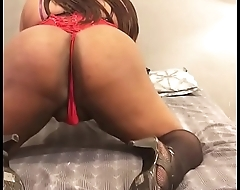 TS Morgan Perfetto aka TheBlackHungTranny Shaking my ass Add me on IG &amp_ Snapchat