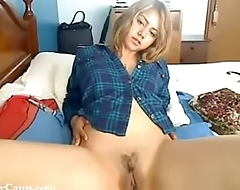 Webcam Hot Teen Spreads her Legs - ProxyCams.com