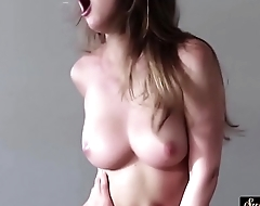 Pussylicked stepsister rides cock after bj