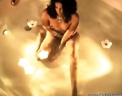 She Needs To Loathing Naked